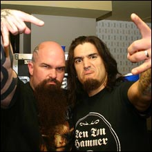 Click image to view show info: Kerry King (Slayer) and Robb Flynn backstage in Hollywood 2007